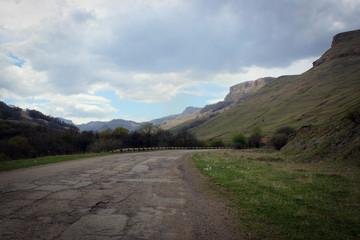 Горные и холмистые пейзажи Карачаево-Черкессии, Россия