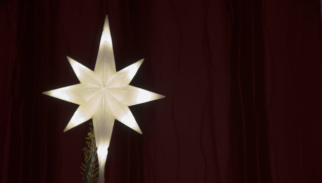 Illuminated Star Christmas Tree Topper