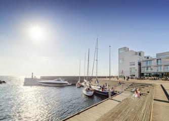 Sweden, Skane, Malmo, Vastra hamnen, Marina on sunny day
