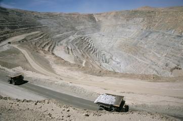 Chuqui open-pit copper mine, 4km long, 720m d eep, trucks each carrying 300t of ore, Chuquicamata, Calama, Chile, South America