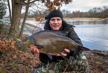 Bream winter fishing
