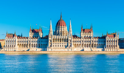 Wall Mural - Hungarian Parliament and the Danube river in  Budapest, Hungary