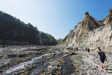 Trekking, Pinatubo volcano, Luzon, Philippines, Southeast Asia, Asia