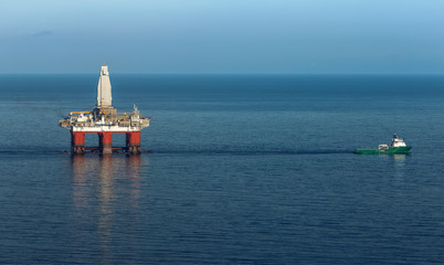 drilling rig at sea