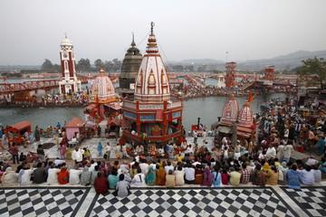 Har-ki-Pauri ghat in the evening during the Kumbh Mela, Haridwar, Uttarakhand, India, Asia