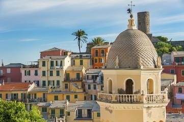 Fototapete - Building in resort village Vernazza, Cinque Terre, Italy