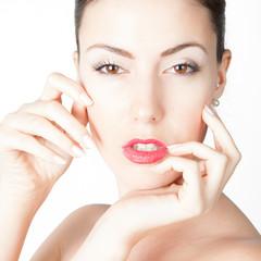 bellissima modella con viso stupendo con pelle perfetta