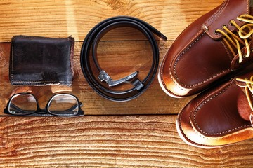 Leather man's shoes with  belt and wallet