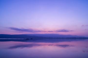 Sanfter Farbvoller Winterabend am Bodensee