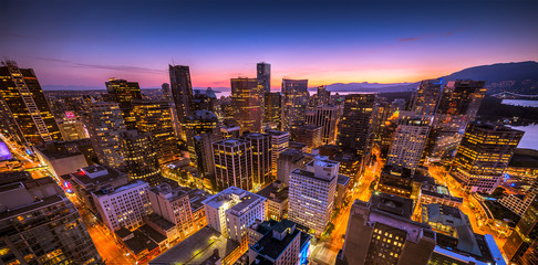 Sunset seen from the Vancouver lookout tower, British Columbia, Canada. Fototapete