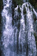 流れ落ちる水
