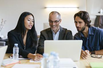 gmbh verkaufen ohne stammkapital Angebote erfolgreich GmbH Vorrat GmbH
