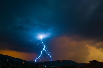 Inverted Y Lightning