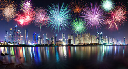 Fototapete - New Year fireworks show in Dubai, UAE