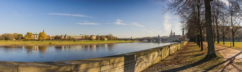 Herbstpanorama in Dresden