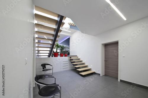 escalier hall d\'entrée intérieur maison \