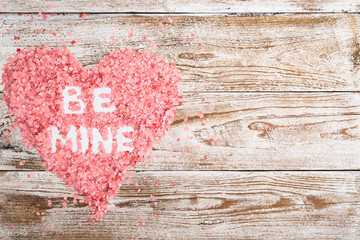 """Valentine's day lettering """"Be mine"""""""