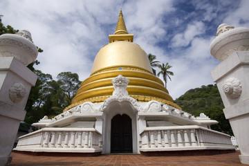 Golden Stupa - Dambulla - Sri Lanka
