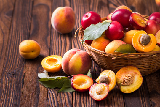 Fresh fruits in a basket