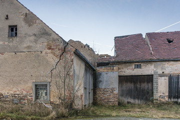 Haus mit Bauschaden
