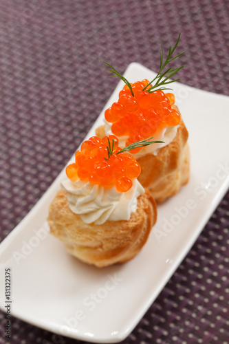 Canape with red caviar for Canape with caviar