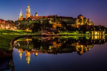 Poster Krakow Wieczorne odbicie Wawelu w Wiśle