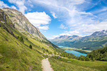 Wanderweg im Oberengadin, Schweiz