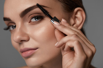 Perfect Makeup For Beautiful Woman. Brow Care For Eyebrows