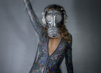 sparkle gasmask dancer