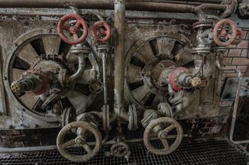 rohrleitungen und ventilraeder