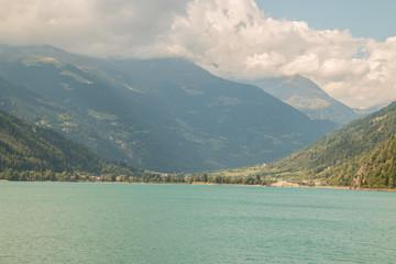 Lago di Poschiavo, Poschiavo, Cantone dei Grigioni, Graubunden, Svizzera