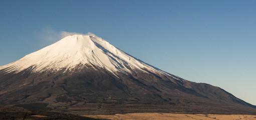 世界遺産「富士山」(山中湖 パノラマ台からの風景)