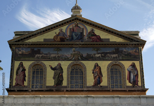 Basilica cristiana architettura classica immagini e for Architettura classica