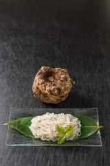 こんにゃく しらたき 日本食 noodles made from konnyaku japan