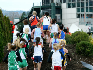 Girls Cross Country Race in Oregon
