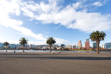 Foto auf Leinwand Buenos Aires cityscape and skyline of portland from empty road