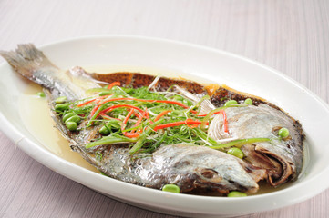 Salted yellow croaker with chicken sauce