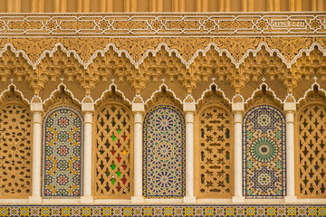 Photo sur Plexiglas Maroc Islamic calligraphy and colorful geometric patterns a Morocco.