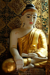 GOLDEN BUDDHA IMAGE