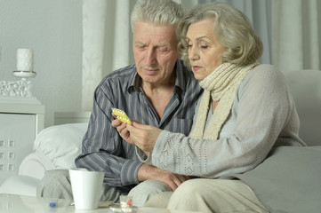 elderly man and woman with flu