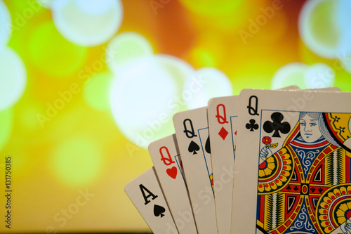 download online casino poker 4 of a kind
