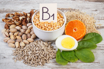 Fototapeta Products and ingredients containing vitamin B1 and dietary fiber, healthy nutrition obraz
