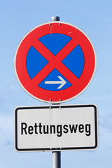 German sign no stopping parking, (Translation: Rescue route)