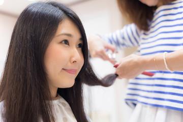 美容院 女性
