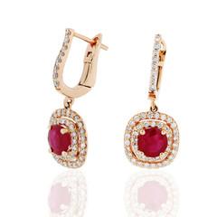 aretes pendientes con ribies rubi zafiros en oro amarillo con diamantes Earrings with rubies Sapphire yellow gold rubies with diamonds