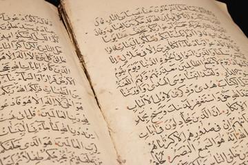 Old arabic scripts