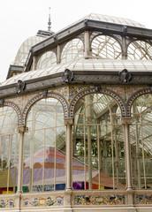 Il palazzo di cristallo nel parco del ritiro di Madrid