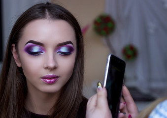 Photographing phone makeup