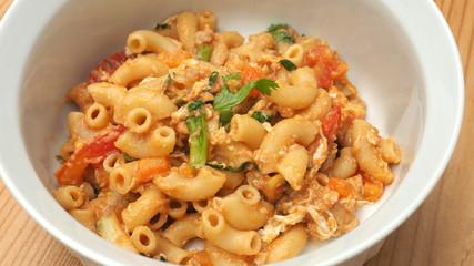 Macaroni fried with pork tomato sauce