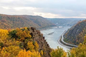 Rhein im Herbst